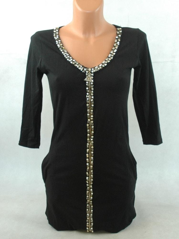 Sekacmix.cz - Černé šaty se zdobením - Šaty - sukně - Dámské oděvy dbf1bb15e9